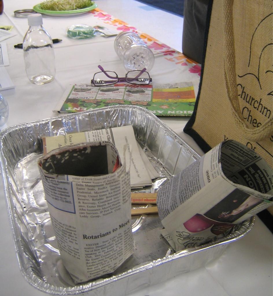 Paper Pot Fixin's