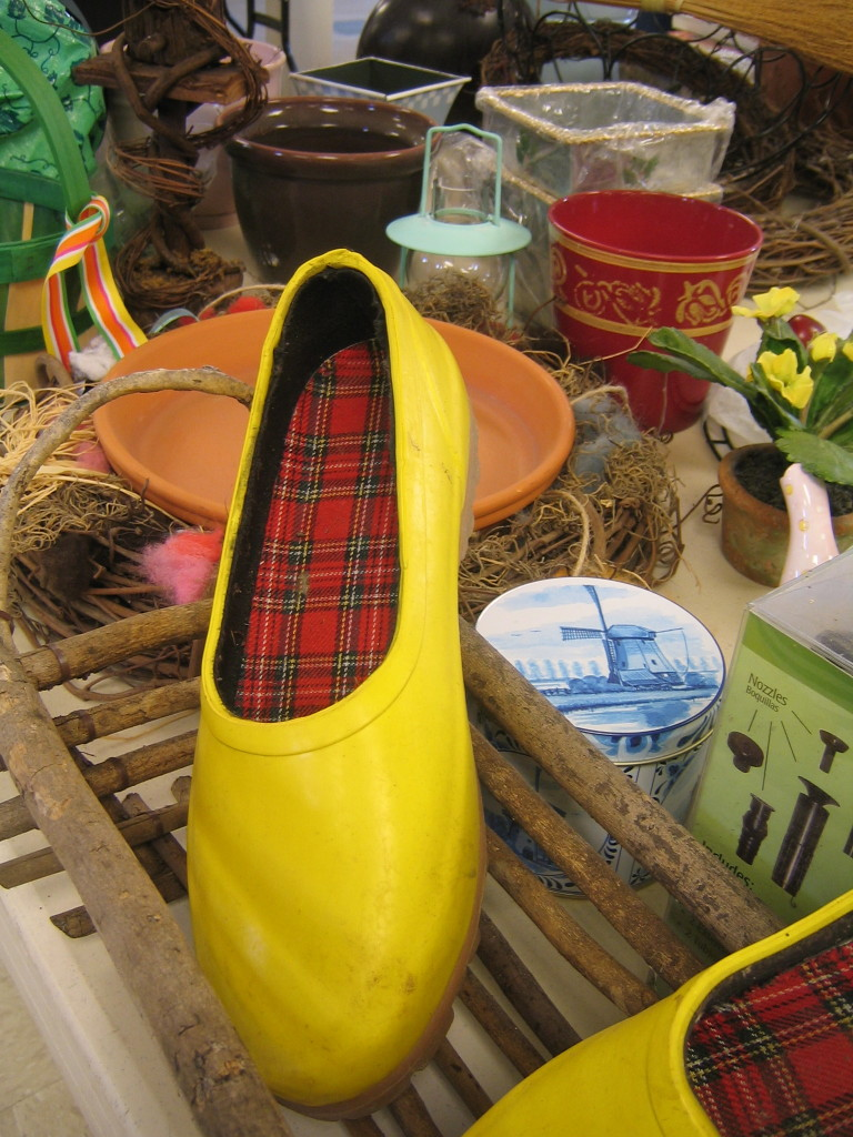 Love the Yellow Garden Shoes